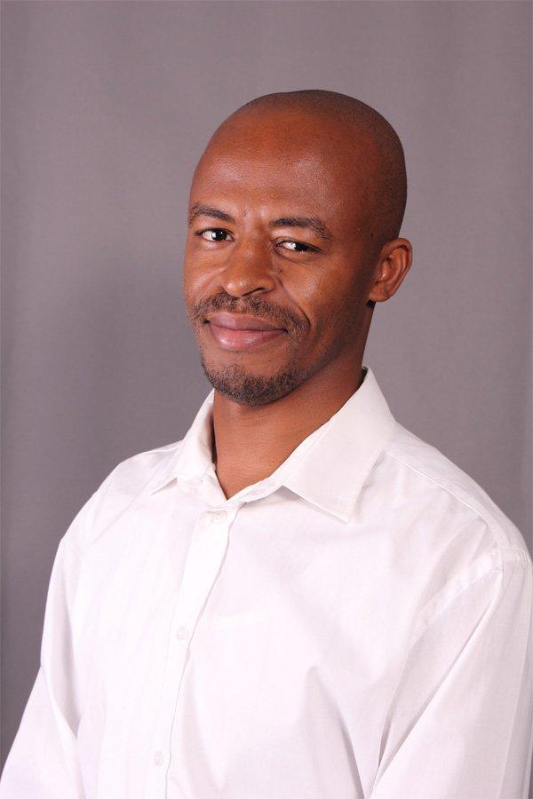 Arnold Kgaphola